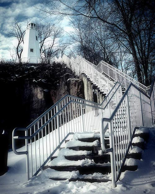 Mark Twain Memorial Lighthouse in the Winter - Hannibal, MO